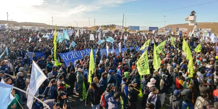 """En Argentine, la """"capitale du pétrole"""" paralysée par une grève"""