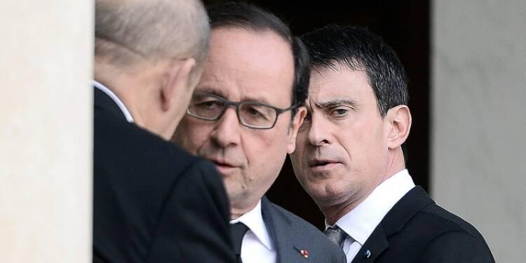 Hollande tente de rassurer les investisseurs étrangers, après les attentats