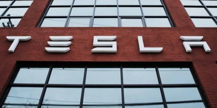 Tesla vante son projet de rachat de SolarCity, le marché doute