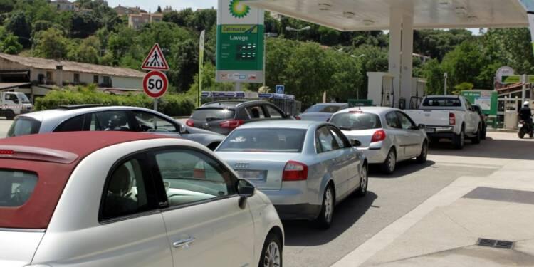 Loi travail: la situation s'améliore sur le front des carburants