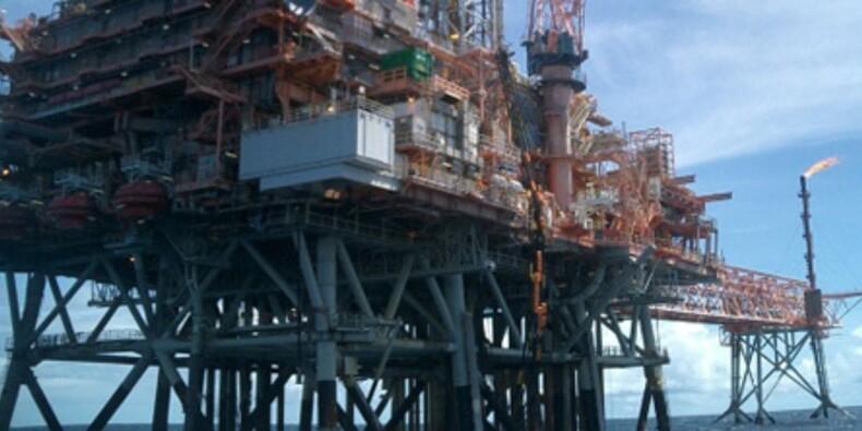 L'action Total décroche sur fond d'inquiétude en mer du Nord
