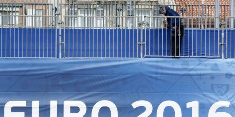 Kiev arrête un homme qui projetait des attentats durant l'Euro