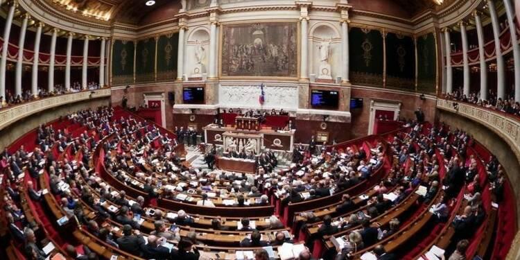 Droite et centre ne voteront pas une possible censure de gauche