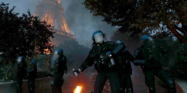 La Tour Eiffel rouvre après des dégradations en marge de l'Euro