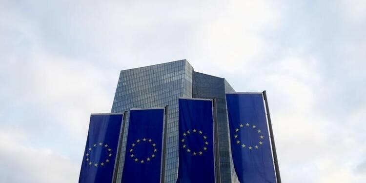 Les risques financiers accrus dans la zone euro, selon la BCE