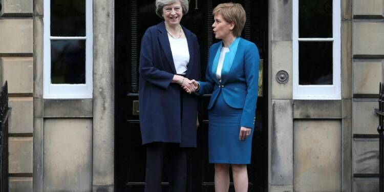 Theresa May n'invoquera l'article 50 qu'au nom du Royaume-Uni