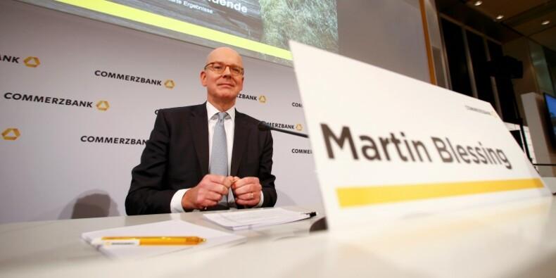 COR-Commerzbank renoue avec le bénéfice, le titre s'envole