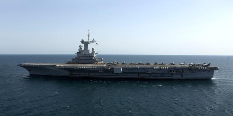 Dans les entrailles de notre porte-avions « Charles-De-Gaulle »