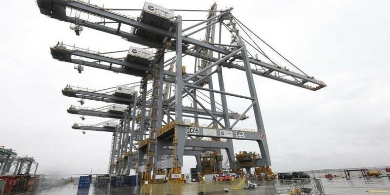 Le déficit commercial britannique se réduit plus que prévu