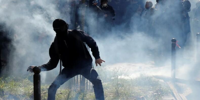 La réaction du gouvernement face aux violences critiquée