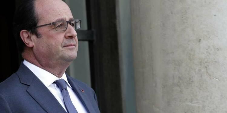 François Hollande appelle à défendre des valeurs républicaines