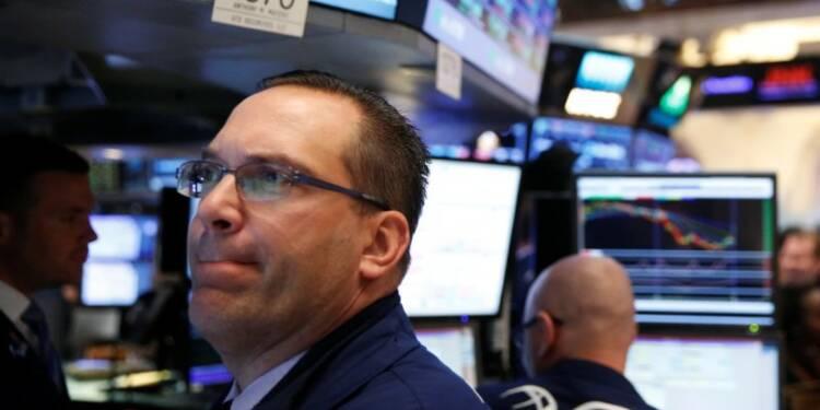 Le Dow Jones perd 0,33% à la clôture, le Nasdaq cède 0,92%