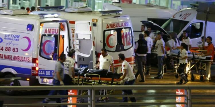 L'attentat d'Istanbul a fait 41 morts, l'EI premier suspect