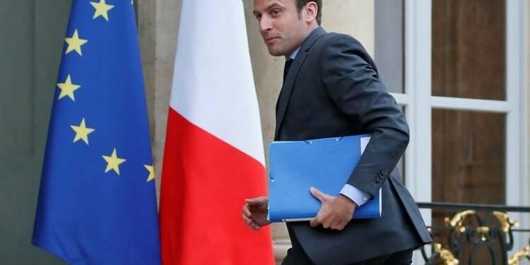 Emmanuel Macron nie être sur le point d'annoncer sa candidature