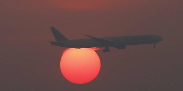 Le trafic aérien passager mondial en hausse de 6,8% en 2015