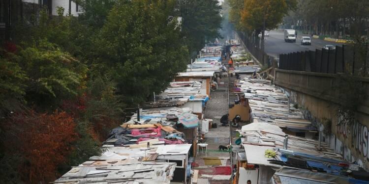 Appel à suspendre l'expulsion de 400 Roms à Paris