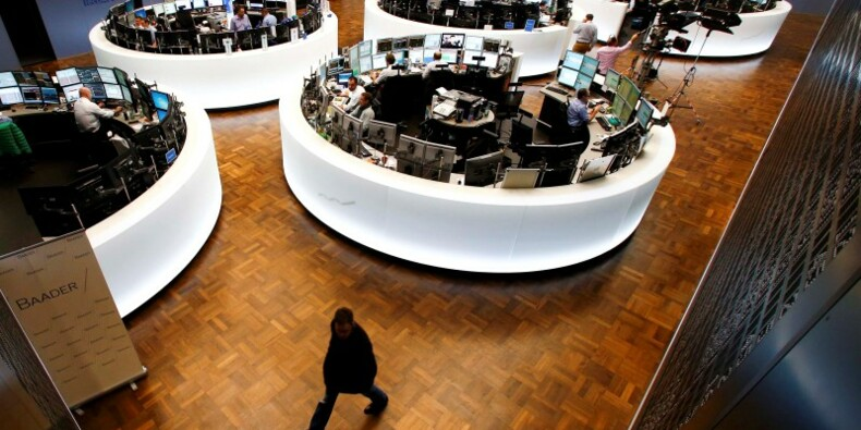 Les marchés européens restent orientés à la baisse à mi-séance