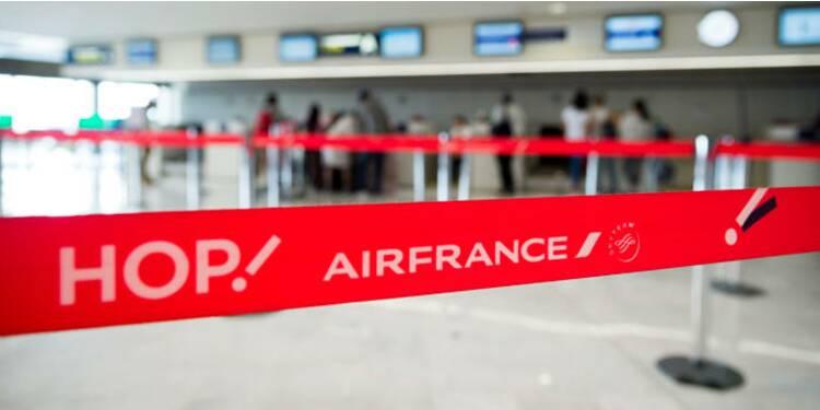 Air France : après 90 millions d'euros de pertes, la direction tente de renouer le contact