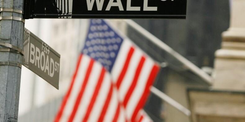 Wall Street ouvre en baisse, l'aversion au risque domine