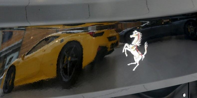 Ferrari, prudent pour 2016, sanctionné en Bourse