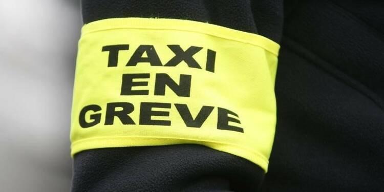 Les taxis reconduisent le blocage de Toulouse et d'Airbus