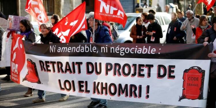 """El Khomri dénonce une """"logique de blocage"""" contre la loi Travail"""