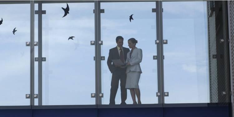 Les entreprises ne badinent plus avec les histoires d'amour au bureau