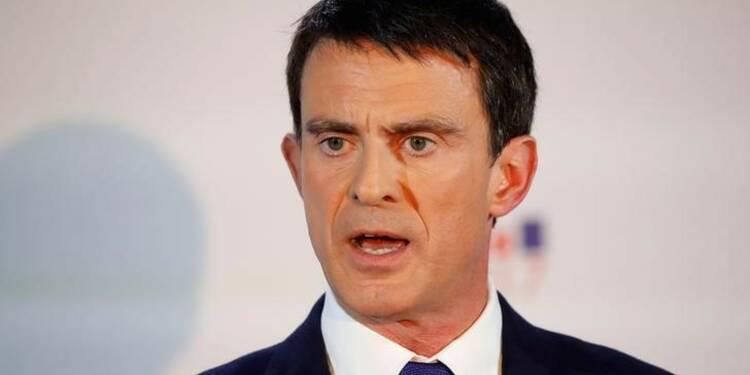 Valls rallume le feu au PS sans enthousiasmer En Marche