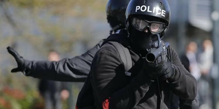 """Appel du syndicat Alliance à dénoncer la """"haine anti-flic"""""""