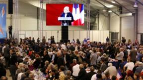 """Marine Le Pen se veut pour 2017 la candidate du """"non"""" à l'UE"""