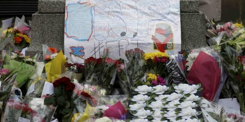 Le meurtrier présumé de Jo Cox présenté à la justice britannique