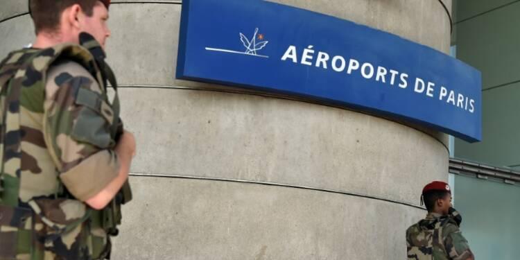 Trafic aérien: les attentats pèsent sur la fréquentation des aéroports européens