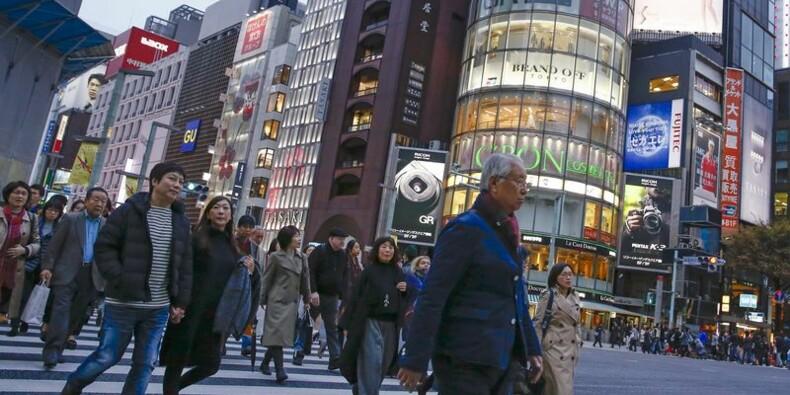 Recul au Japon des prix à la consommation, dépenses des ménages