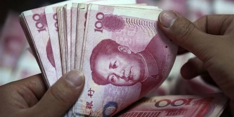 Les réserves de change de la Chine baissent encore