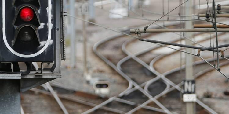 Manuel Valls appelle à la fin de la grève dans les transports