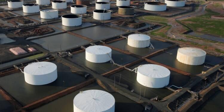 Bond des stocks d'essence aux USA, modération des stocks de brut