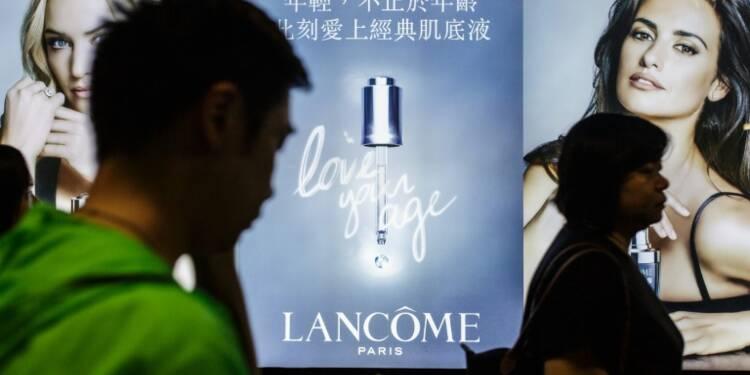 Hong-Kong: accusé d'avoir cédé aux pressions chinoises, Lancôme menacé de boycott