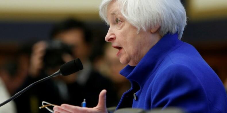 Janet Yellen (Fed) veut garder le cap malgré les risques