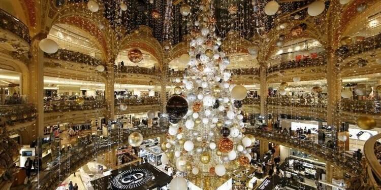 Les achats de Noël attendus en hausse cette année