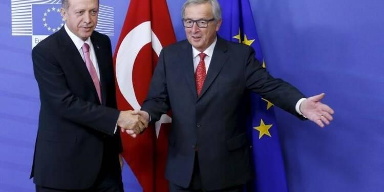 L'UE entre espoir et crainte après le putsch manqué en Turquie