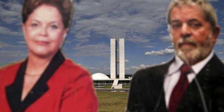Les nuages s'accumulent sur Dilma Rousseff au Brésil