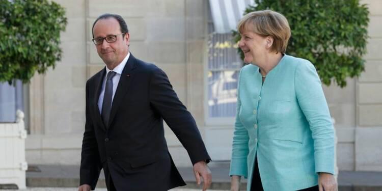 Hollande et Merkel affichent une position commune sur la Grèce