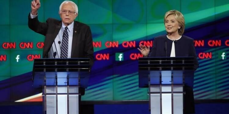 Hillary Clinton et Bernie Sanders s'affrontent sur l'économie