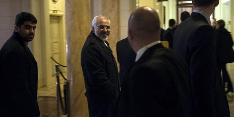 Nouvelle nuit de négociations sur le nucléaire iranien à Lausanne
