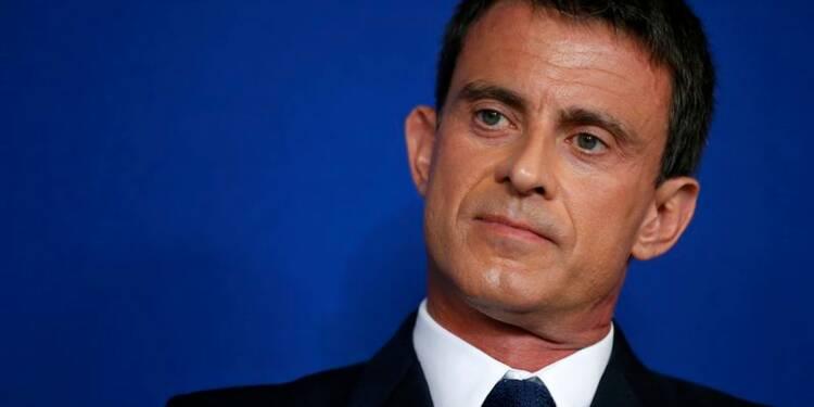 """La """"guerre de civilisation"""" de Manuel Valls réjouit la droite"""