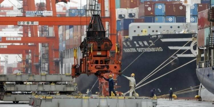"""Le Japon retombe en récession malgré les """"Abenomics"""""""