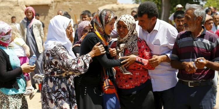 L'EI commet un massacre à Kobani, progresse à Hassaka en Syrie
