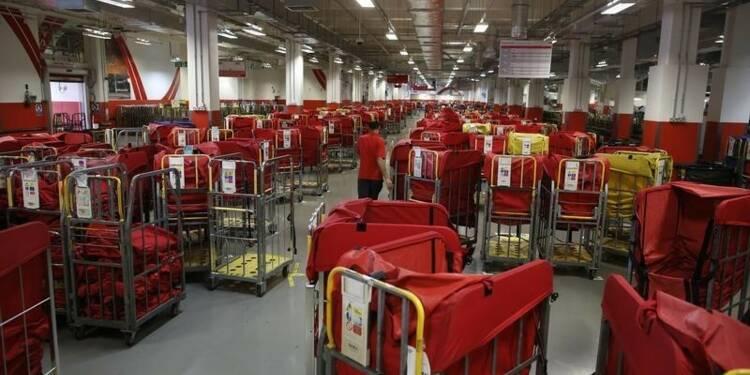 L'Etat britannique vend encore 15% de Royal Mail