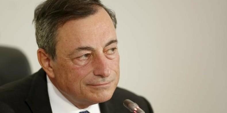 La BCE réexaminera sa politique en décembre et est prête à agir