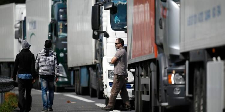 Un migrant mort sur le site d'Eurotunnel à Calais